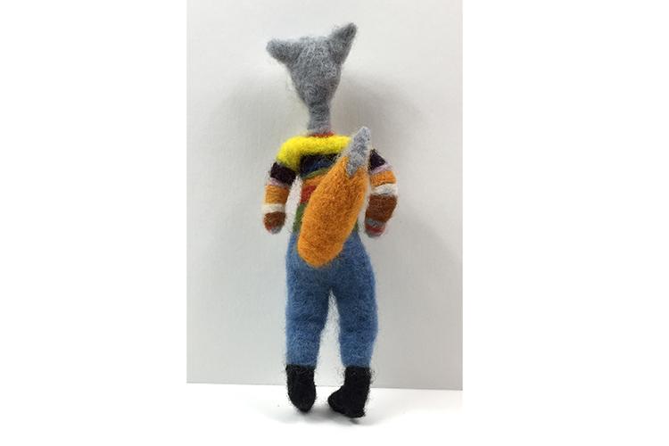 fox_standing_back